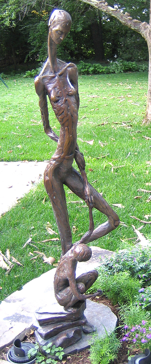 Family Discovering Nature, a 2005 bronze sculpture by James Peniston. Private collection, St. Louis, Missouri